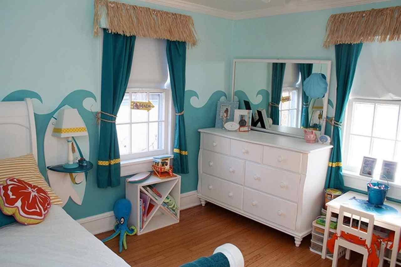 Чертежи, бирюзовый цвет в детской комнате для мальчика фото объявления